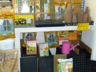 We carry all of your seed-starting supplies: trays, peat pots, soilless mix, fertilizers, heat mats and more