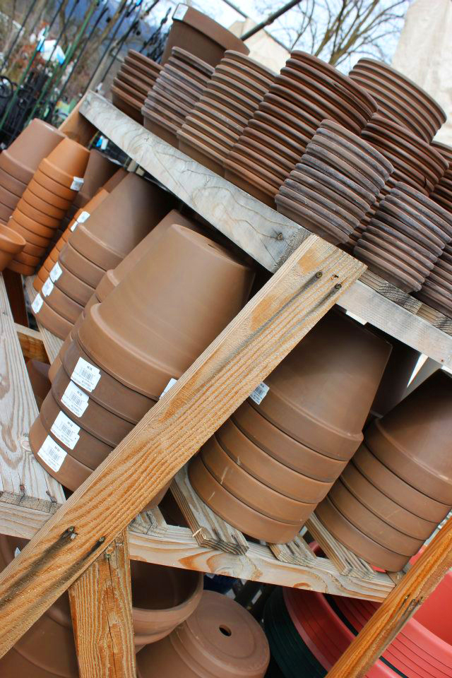 Terra cotta pottery in many shapes and sizes
